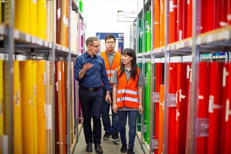 Nhân viên thu mua xuất nhập khẩu đòi hỏi nhiều về khả năng đàm phán
