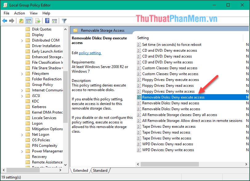 Kích đúp vào dòng Removable Disks: Deny execute access