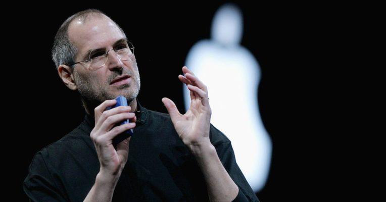 Steve Jobs chia sẻ về giá trị cốt lõi của Apple