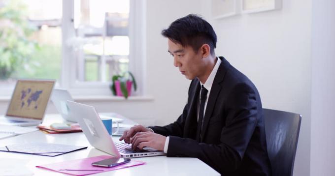 10 cách giữ tập trung khi làm việc tại nhà