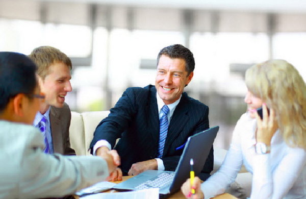 Cách giao tiếp với khách hàng tạo dựng mối quan hệ tốt đẹp