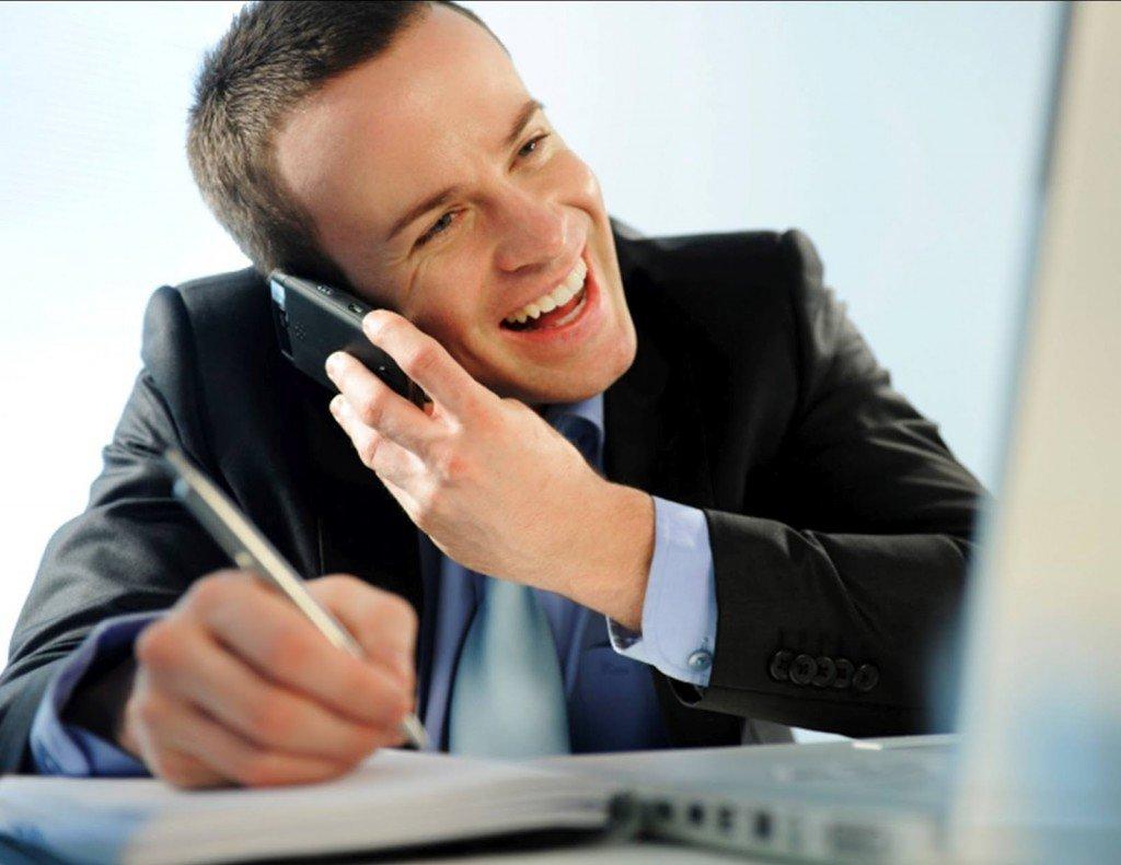 Bí quyết giao tiếp với khách hàng qua điện thoại - Kyna.vn