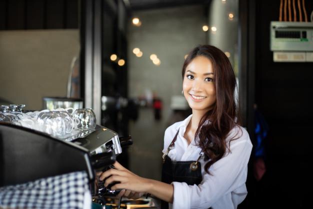 nhân sự quán cafe