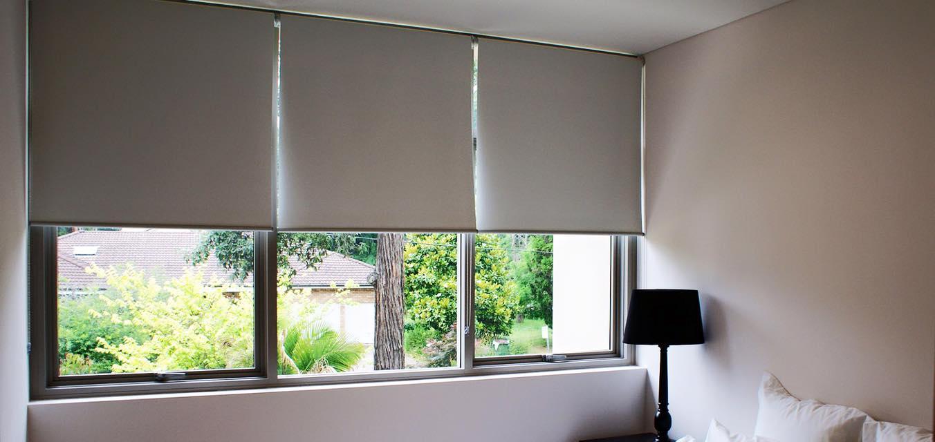 Vì sao rèm cửa sổ cuốn cần thiết cho gia đình bạn?   Nội Thất Nhật Bản